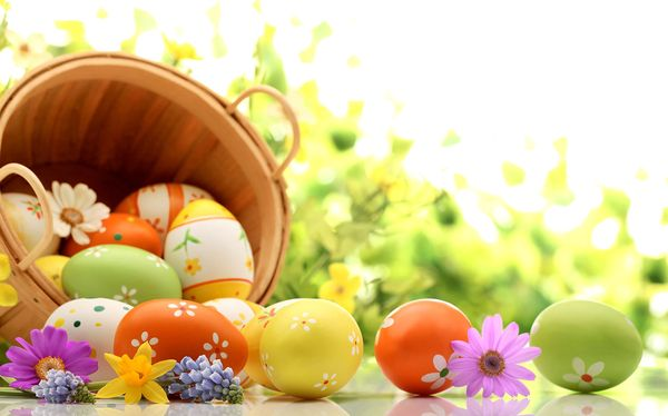 Уважаемые христиане  католического вероисповедания! Примите самые искренние и сердечные поздравления со светлым праздником Воскресения Христова!