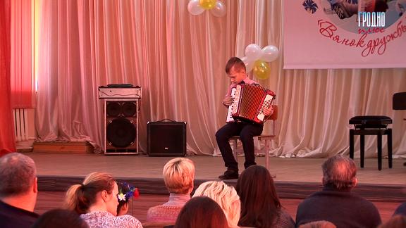 «Венок дружбы». Детский конкурс белорусской музыки прошел в Гродно (+Видео)