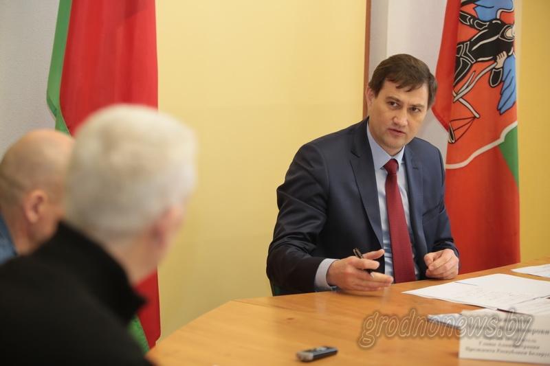Первый заместитель главы Администрации Президента Максим Рыженков провел выездной прием граждан в Новогрудке