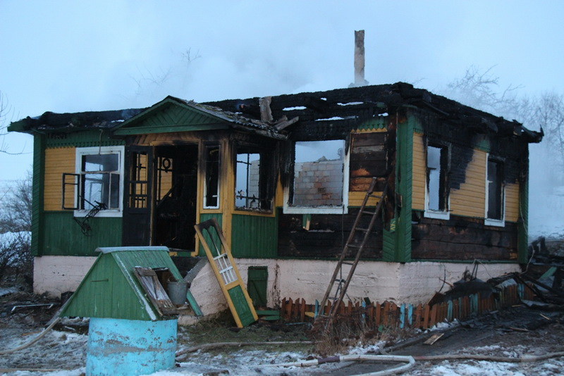 Отчего раскалился деревенский «обогреватель»? В морозную погоду «печные» пожары все чаще дают о себе знать