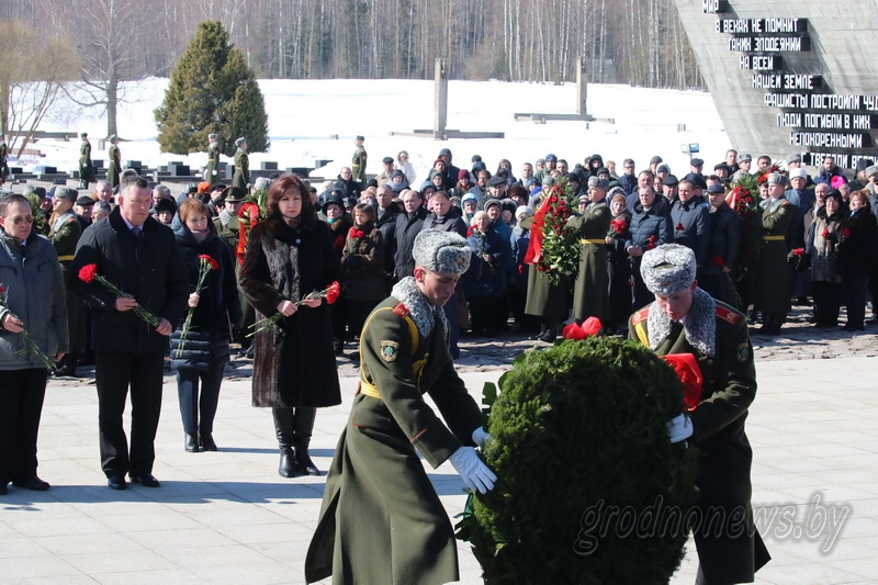 Всебелорусская молитва о мире состоялась в мемориальном комплексе «Хатынь»