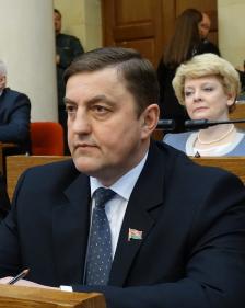 За строкой Послания Президента белорусскому народу и Национальному собранию. Меньше слов — больше дела