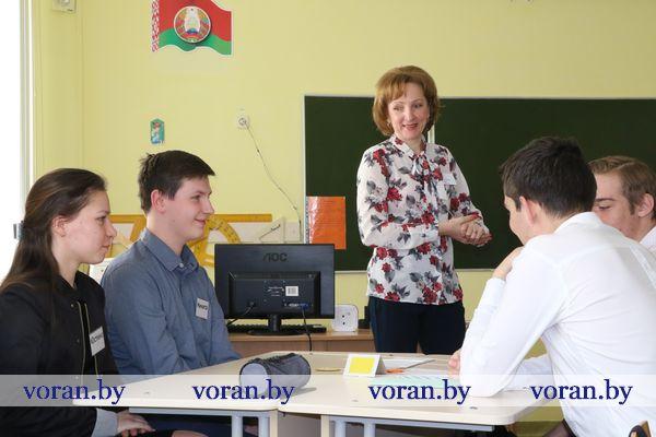 Лучшие педагоги республики поделились секретами профессионального мастерства с вороновскими коллегами (Видео)