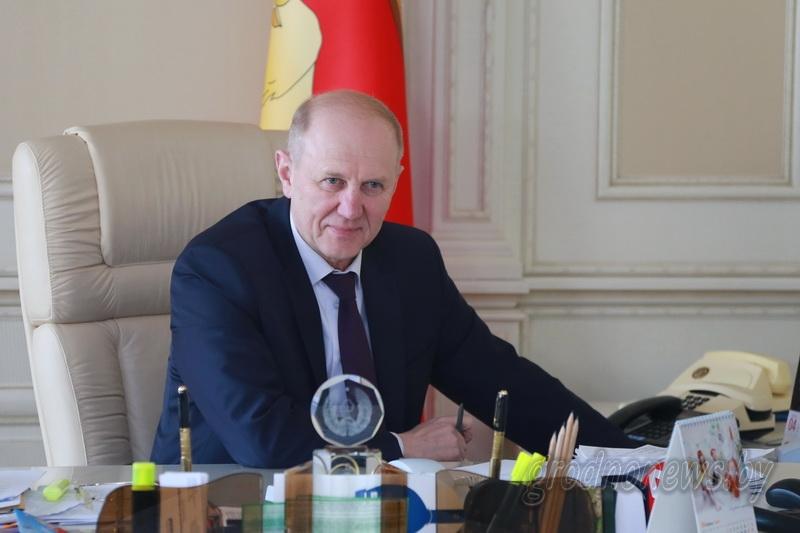 Владимир Кравцов: «Власть решает вопросы, острых обращений на прямые линии уже нет»