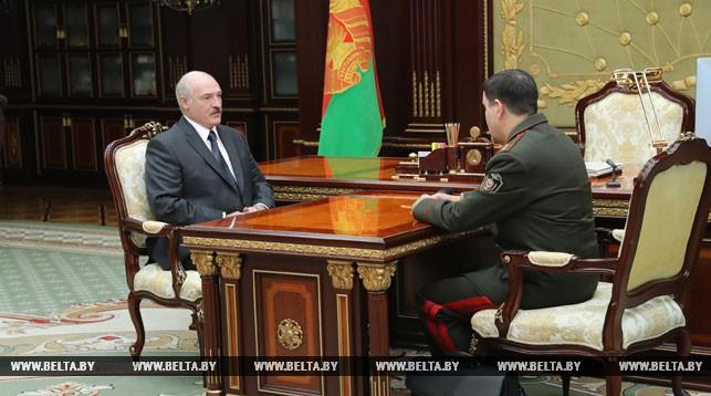 Борьба с коррупцией, разведка, общественная безопасность — Лукашенко принял с докладом председателя КГБ