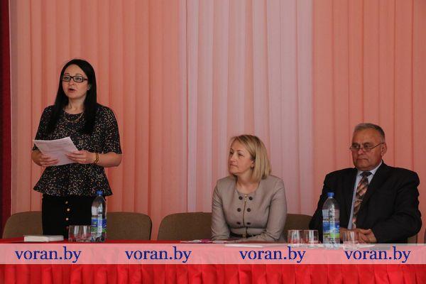 Ключевые аспекты Послания Президента обсудили на Едином дне информирования в Жирмунах (Дополнено)