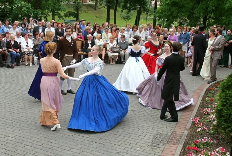 Полонез, полька и вальс – «Бал у Элизы Ожешко» пройдет в «Швейцарской долине»