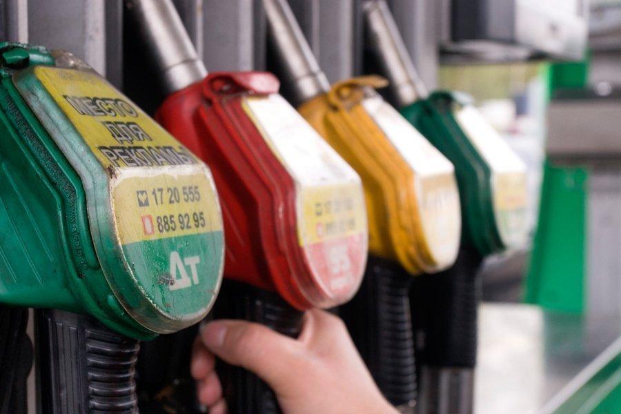 Белнефтехим: стоимость топлива будет зависеть от стоимости нефти