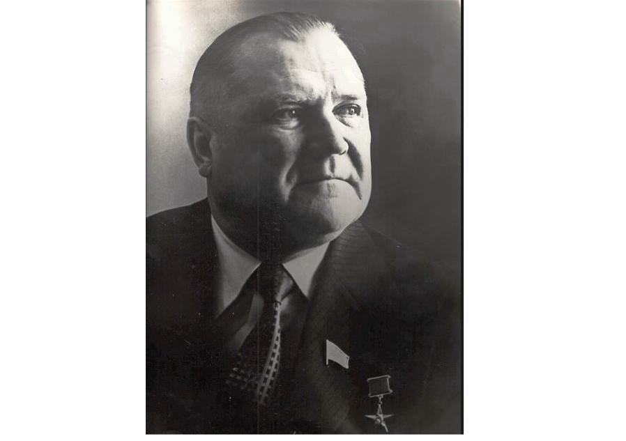 Руководитель. Организатор. Учитель. 12 мая исполняется 100 лет со дня рождения Леонида Клецкова