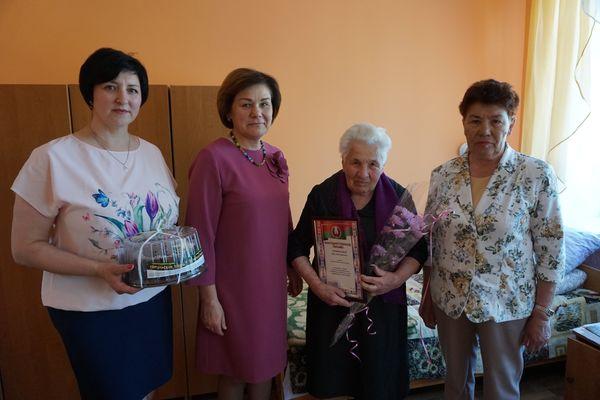 Сегодня ветерану войны В.Ф. Тимофеевой исполнилось 95 лет