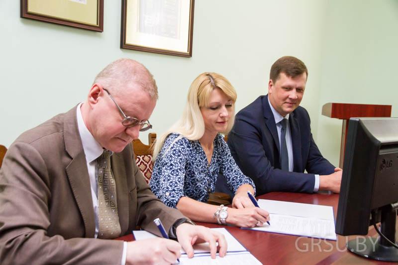 Уникальное оборудование будут разрабатывать в технопарке ГрГУ имени Янки Купалы
