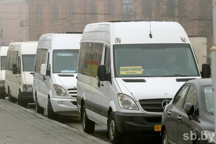 В Беларуси регулярным перевозчикам могут разрешить работать без конкурсов до конца года