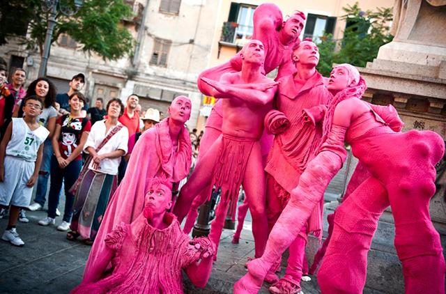 Бродячий фестиваль уличных театров придет в Гродненскую область