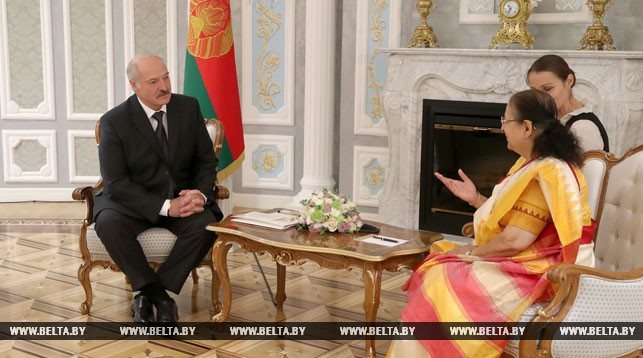 Лукашенко предлагает Индии более решительно развивать экономические отношения