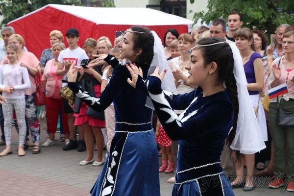 Фестивальный «торнадо» на армянском подворье