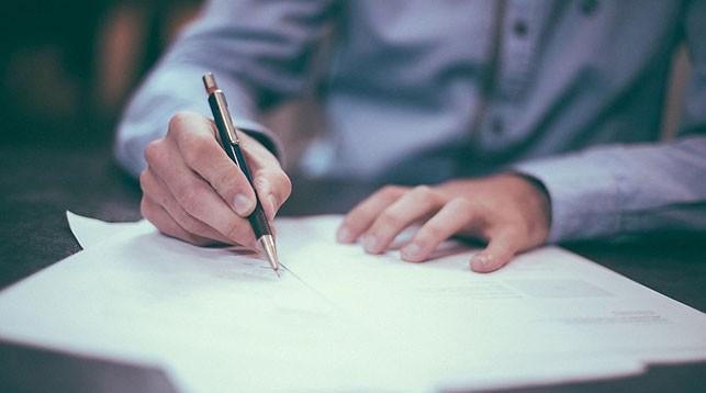Нанимателей планируют обязать информировать профсоюз о нежелании продлевать контракт