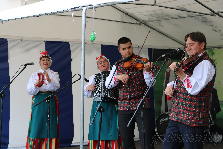 Что на подворках у литовцев, казахов и латиноамериканцев?