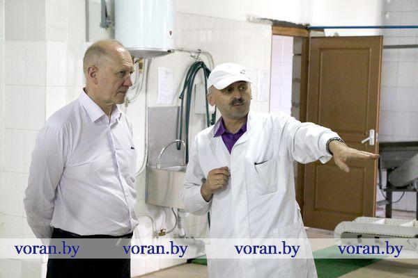 Сегодня председатель Гродненского облисполкома Владимир Кравцов посетил Вороновский район