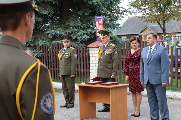 Депутаты поздравили вороновских спасателей с юбилейной датой