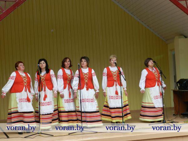 Сегодня в Вороново согревали песнями наччане