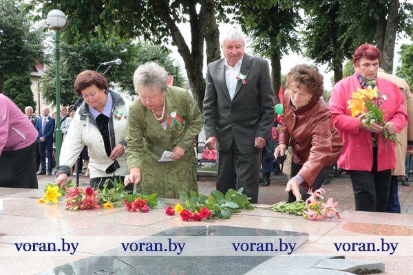 Митинг в г.п. Вороново в День Независимости Республики Беларусь (Видео)