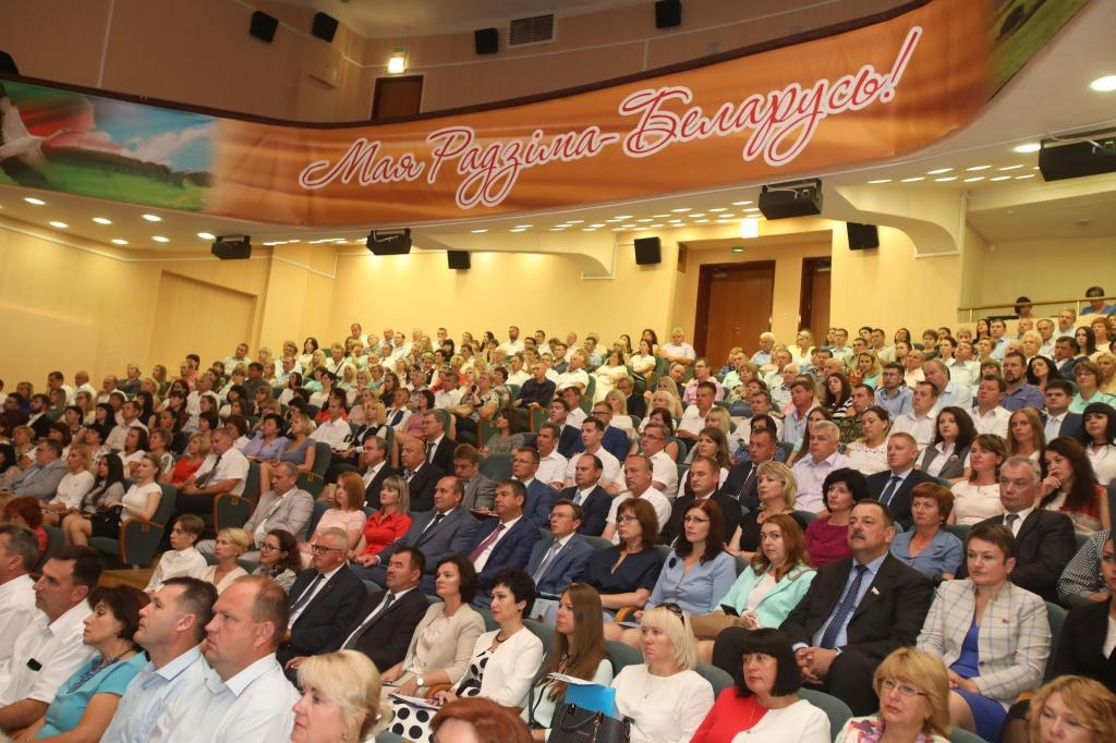 Республиканский семинар по теме молодежной политики прошел в Гомельской области, в нем приняли участие и представители Вороновщины (Будет дополнено)