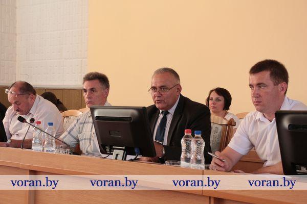Итоги социально-экономического развития Вороновского района в первом полугодии были рассмотрены на заседании районного исполнительного комитета