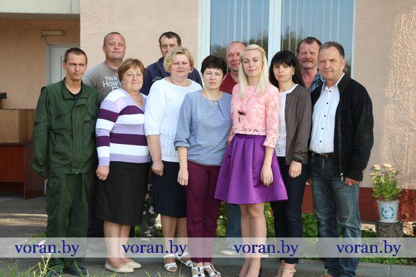 Накануне отопительного сезона в Вороновском филиале ГП «Гроднообтопливо» горячая пора — за приобретением топлива выстроилась очередь