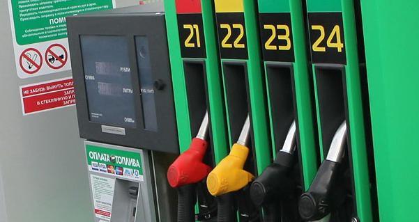 Топливо на АЗС в Беларуси с 30 сентября подорожает на 1 копейку