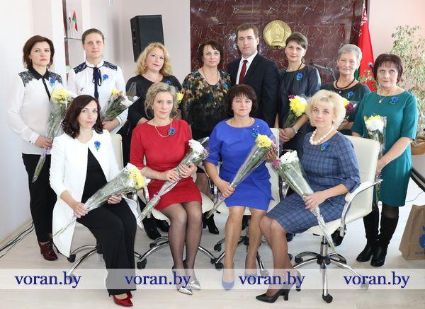 Сегодня в Вороновском райисполкоме состоялся торжественный прием посвященный Дню матери (Фото, Видео)