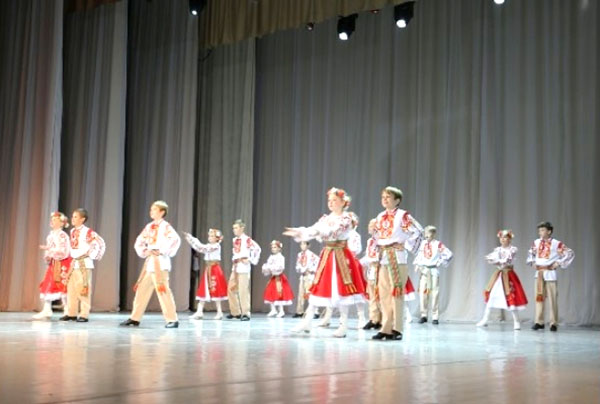 «Радунские соловейки» стали дипломантами IV  Международного фестиваля-конкурса «Творчество без границ»