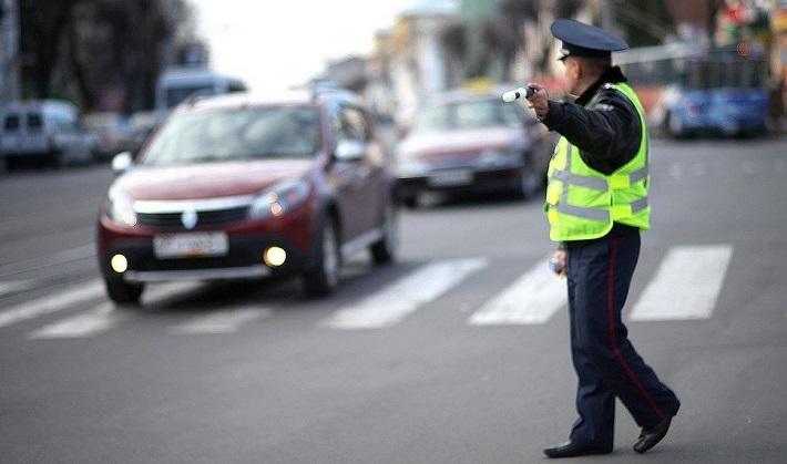В ближайшую пятницу, 30 ноября, Госавтоинспекция проведет Единый день безопасности дорожного движения под девизом «Зима на колесах — не будет заносов»