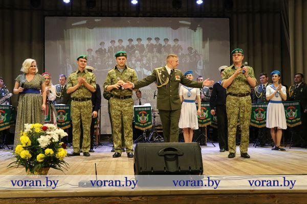 С участием пограничников прошло в Вороново торжественное мероприятие, посвященное Дню Октябрьской революции (Фото, будет дополнено)