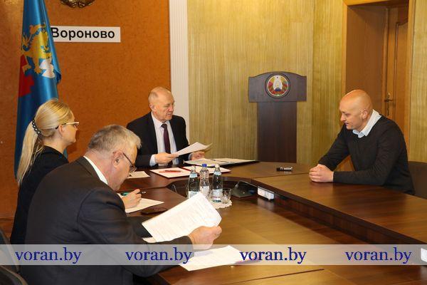 В Вороново прием граждан провел председатель Гродненского облисполкома Владимир Кравцов (Фото, Дополнено)