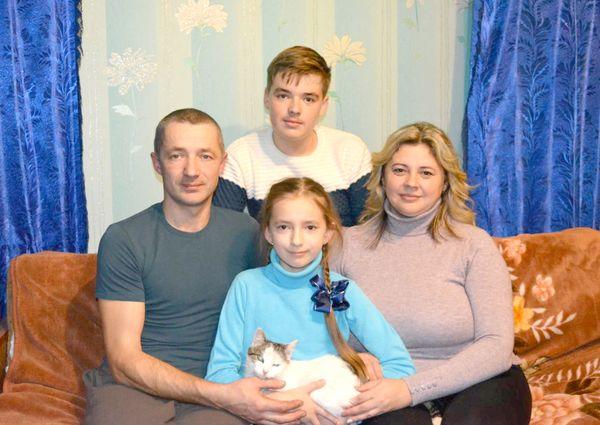 Вакцинация от гриппа не входит в список обязательных прививок, но ежегодно семья Юхневич из Жирмун делает выбор исключительно в пользу этого способа защиты