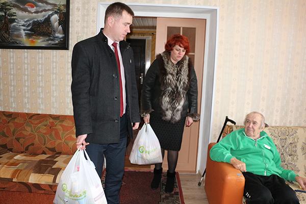 Сегодня на Вороновщине стартовала акция «Ладонь добра», приуроченная ко Дню инвалидов