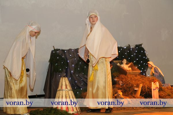 «Рождественские встречи» прошли в Вороновском районном центре культуры и народного творчества (Фото)