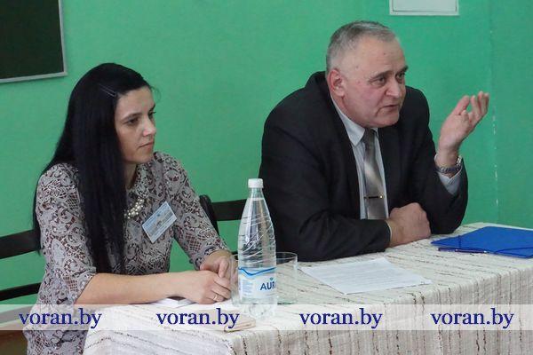 Очередную встречу в трудовом коллективе провел председатель Вороновского райисполкома Николай Розум