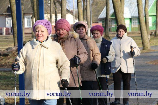 Скандинавская ходьба на Вороновщине набирает популярность