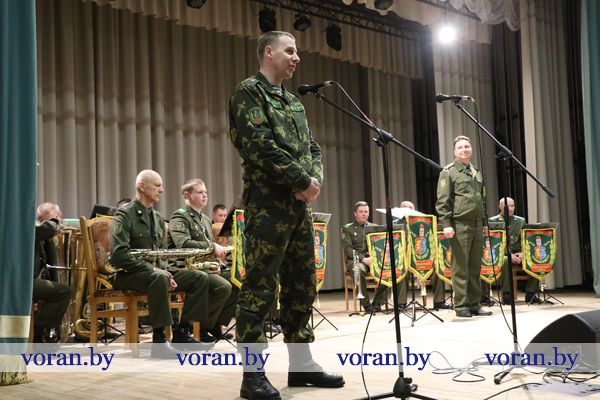 Информационно-пропагандистскую акцию провели военнослужащие Лидского пограничного отряда в Вороново