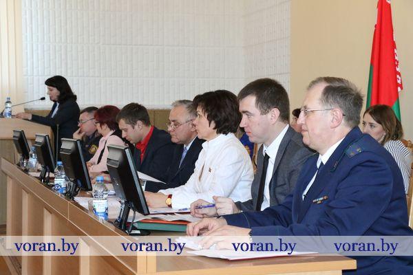 В Вороново прошла сессия районного Советов депутатов совместно с заседанием районного исполнительного комитета