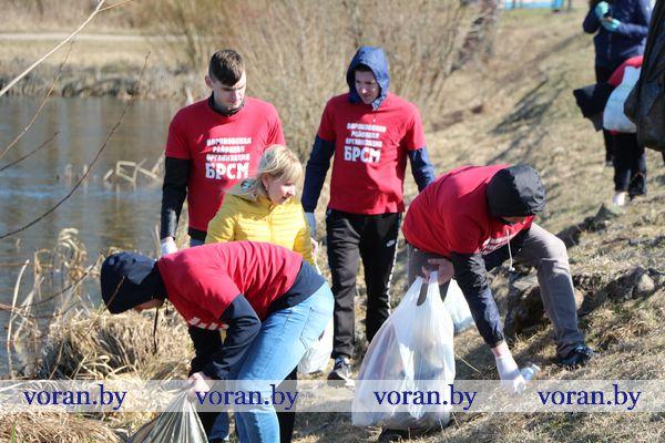 Экологическая акция БРСМ «Малым рекам — большая забота» проходит на Вороновщине