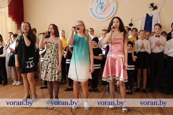 Богатая палитра звуков, красок и эмоций Вороновской детской школы искусств