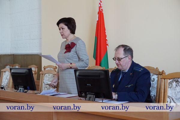 Депутаты заслушали отчет председателя