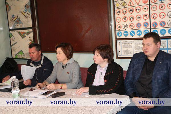 Заявленные темы Единого дня информирования обсудили и во время сельского схода в агрогородке Мисевичи
