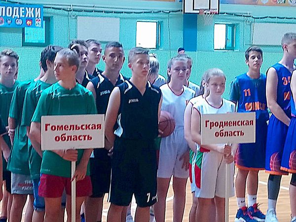 Вороновские баскетболисты заняли 3-е место в республиканских соревнованиях