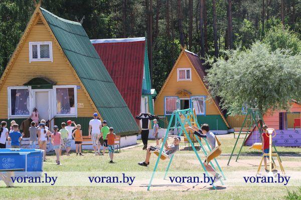 Из города в деревню? Да!!! Девяноста ребят из Гродно отдохнули в детском оздоровительном лагере «Ромашка» Вороновского района