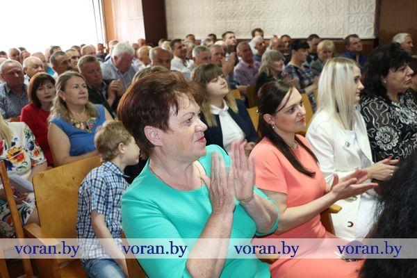 Работники Вороновского ПМС: «Сначала — дело. Потом уж песня»