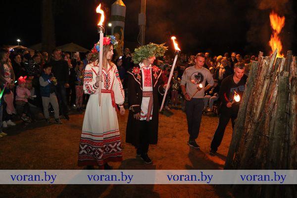 Песнями да хороводами в ночь с 6 на 7 июля отпраздновали «Купалье» в Вороново