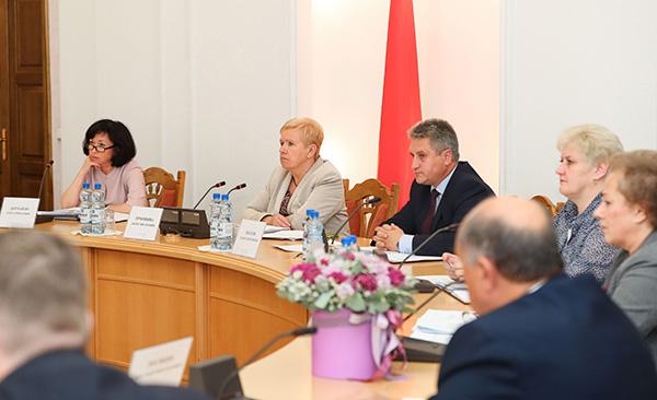 Тема недели: ЦИК Беларуси обнародовал календарные планы парламентских выборов
